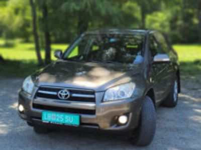 second-hand Toyota RAV4 2.2 D-4-D, diesel 150 cp, 4x4, euro 5