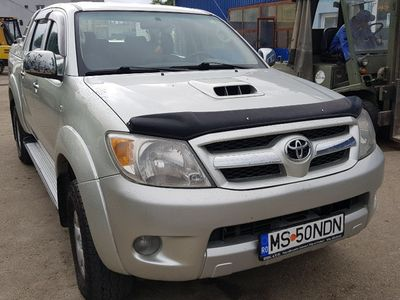 second-hand Toyota HiLux 3.0 diesel automata