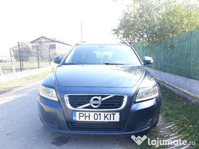 second-hand Volvo V50 D2/1.6 l/115 cp/Diesel/2011/Combi