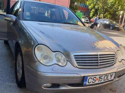 second-hand Mercedes C220 2.2 Diesel 150 Cp 2005