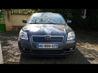 second-hand Toyota Avensis 2.0 D