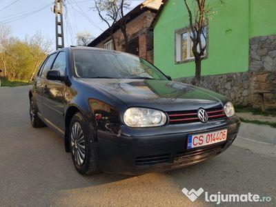 second-hand VW Golf IV 1.4 benzina 75cp an 99