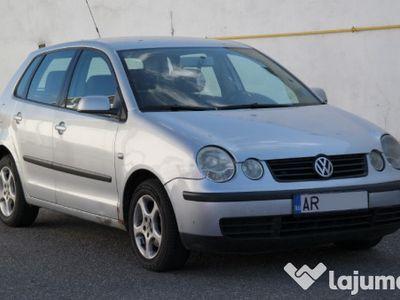 second-hand VW Polo - an 2003, 1.2 (Benzina)