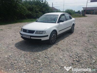 second-hand VW Passat 1.6benzina