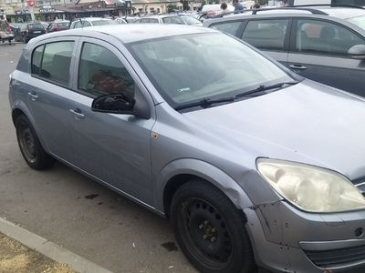 second-hand Opel Astra 1.9 dti din 2005