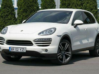 second-hand Porsche Cayenne - an 2012, 3.0 (Diesel)