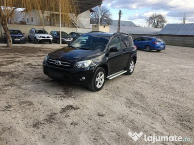 second-hand Toyota RAV4 full 4x4
