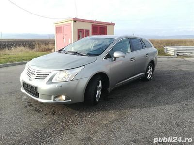 second-hand Toyota Avensis recent adus, anul fabr 2010,