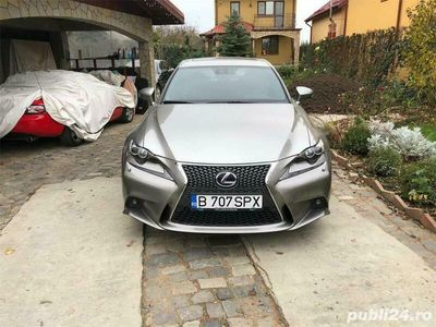 second-hand Lexus IS300