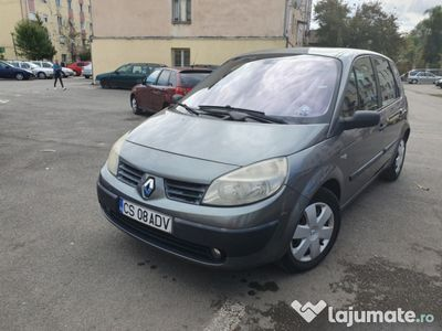 second-hand Renault Scénic 1.9 dci!
