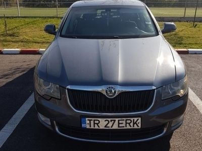 second-hand Skoda Superb Skoda superb - Sedan