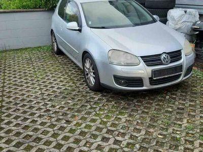 second-hand VW Golf V 5
