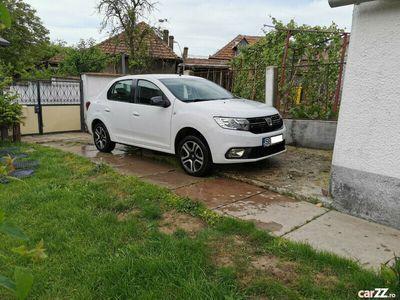 second-hand Dacia Logan editie limitata Black&White Masina in garantie.