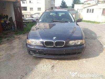 second-hand BMW 520 Full an 2003 /Xenon/senzori parcare import GERMANIA