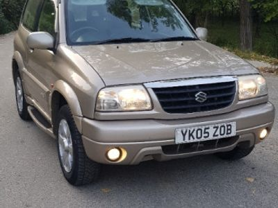 second-hand Suzuki Grand Vitara 4x4 1.6i-benzină, an 2005