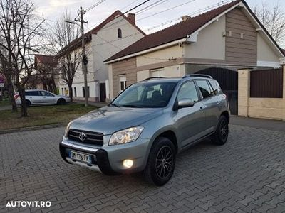 second-hand Toyota RAV4 2.2 D