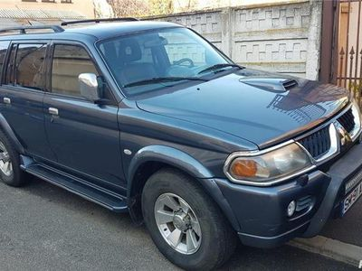 second-hand Mitsubishi Pajero