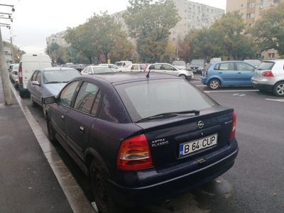 second-hand Opel Astra an fabricatie 2007