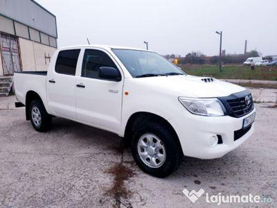 second-hand Toyota HiLux 2,5 D4D - 140 CP - 4X4 - An 2013