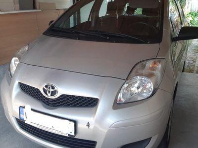 second-hand Toyota Yaris an 2010