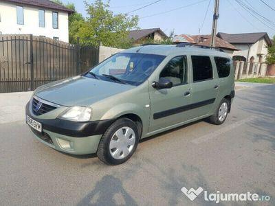 second-hand Dacia Logan MCV 7 locuri 1.5 dci