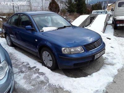 second-hand VW Passat 1.9 Tdi impecabil, an 2000