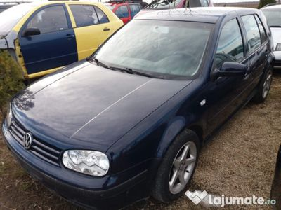 second-hand VW Golf IV 1.4 2003 aer conditionat