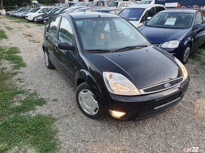 second-hand Ford Fiesta Ghia 1.3 Benzin-2003-clima-Germania-Finantare