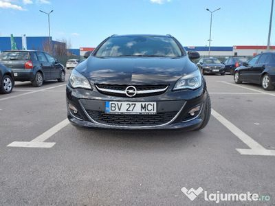 second-hand Opel Astra sport tourer opc line 165 cp full option
