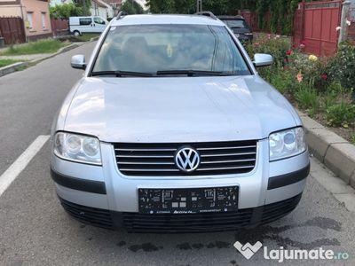 second-hand VW Passat 1.9 tdi 2002.07 recent adus fara rosii scoase