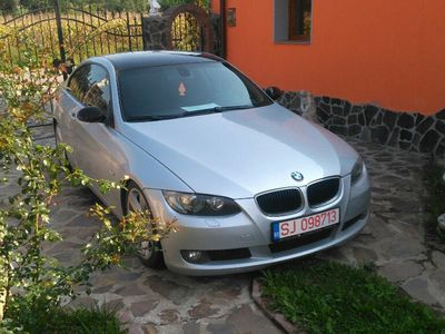 second-hand BMW 320 coupe