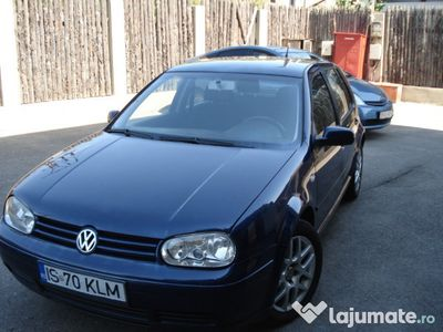 second-hand VW Golf 1,6