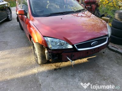 used Ford Focus 2 ghia 1.6 tdci hdi 109 cp g8db sau dezmembrez