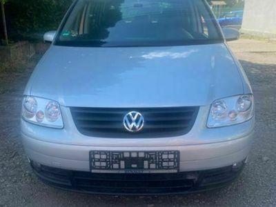 second-hand VW Touran 2.0