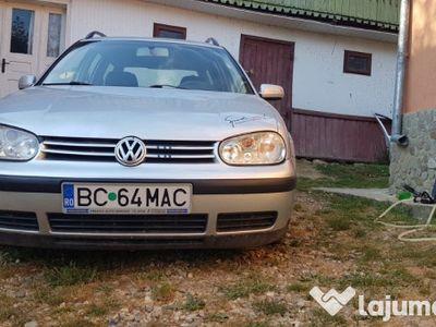 second-hand VW Golf IV -(Negociabil)