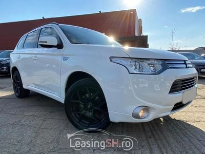 second-hand Mitsubishi Outlander din 2015