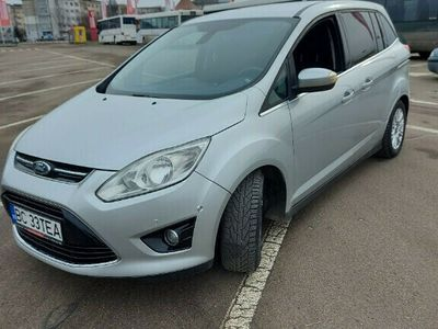 second-hand Ford Grand C-Max Titanium