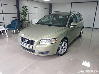 second-hand Volvo V50 2.0 d Automat - Posibilitate cumparare in RATE !!!