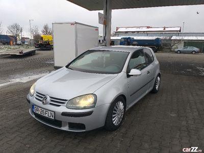 second-hand VW Golf V 14 benzina