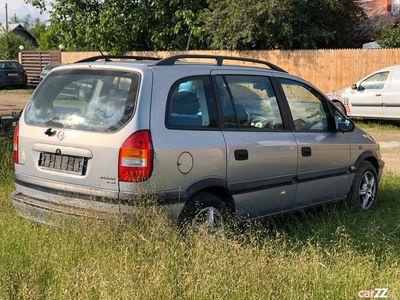 second-hand Opel Zafira 2.0 Diesel 7 locuri