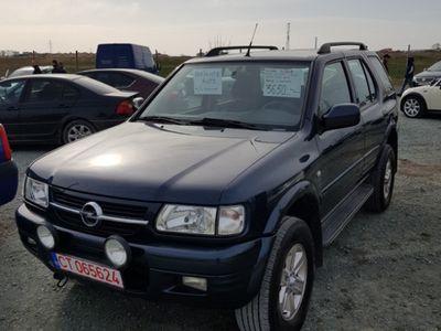 second-hand Opel Frontera - Autoutilitara 5 locuri