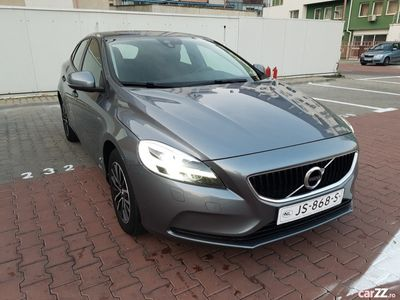 second-hand Volvo V40 2017 ,full led ,inserție semi piele ,2.0 euro 6