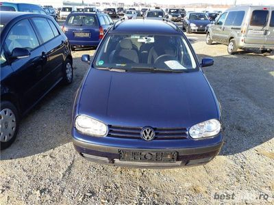 second-hand VW Golf 4,an 2003,1,6 benzina,cu ac