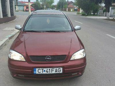second-hand Opel Astra 1.6 benzina stare buna