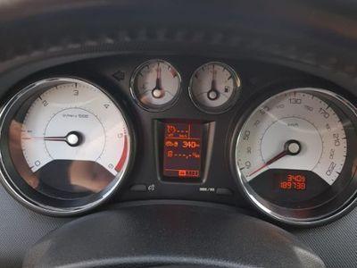 second-hand Peugeot 308