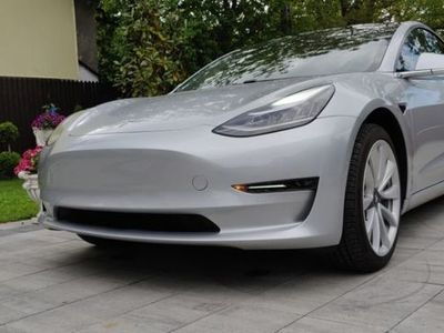 gebraucht Tesla Model 3