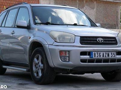 second-hand Toyota RAV4 4x4 - an 2000, 2.0 Vvti (Benzina)