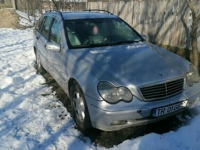 second-hand Mercedes C200 2004 2.2 diesel