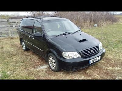 second-hand Kia Carnival 2.9 Diesel Automatic