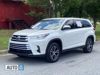 second-hand Toyota Highlander fuel